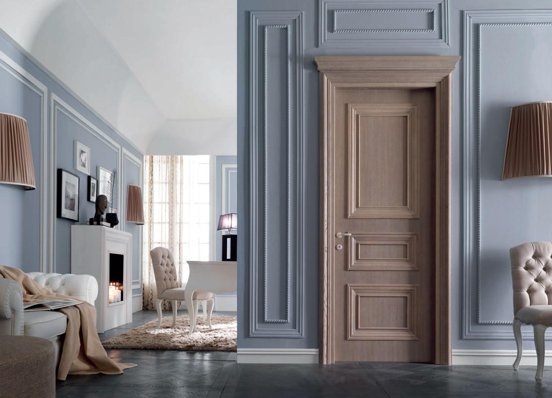 Классические двери в Могилеве
