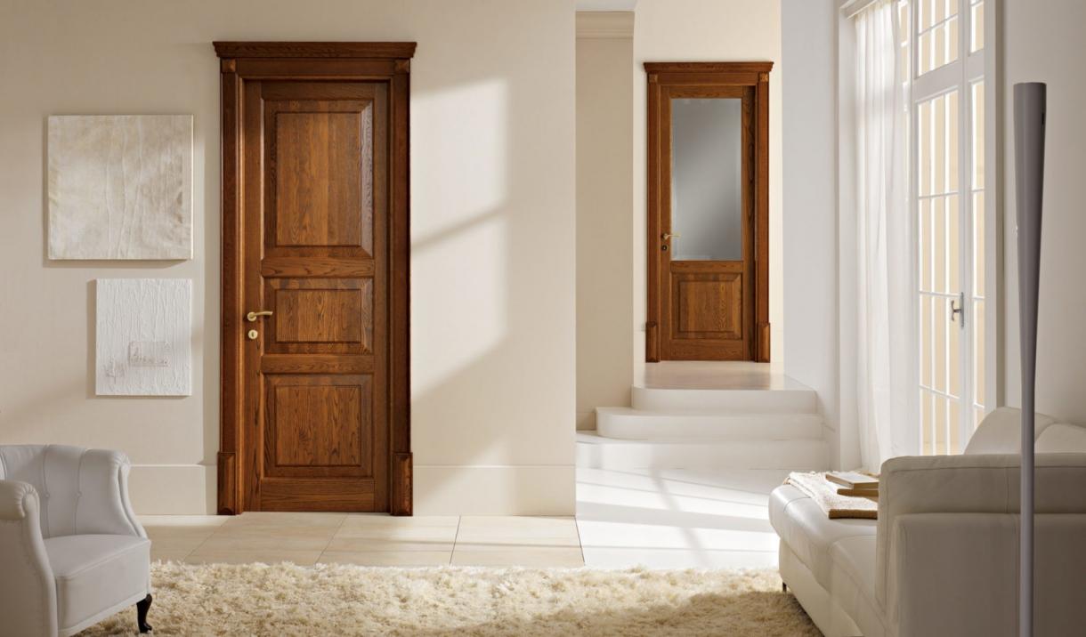 Двери из массива в Могилеве